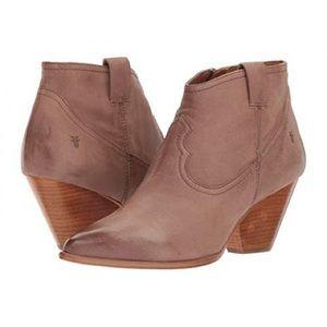 Frye Reina Leather Bootie size 6